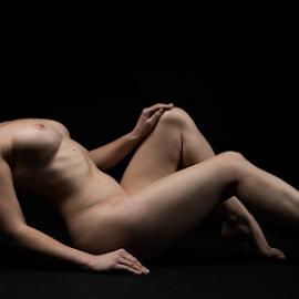 nude with pumpkin by Reto Heiz - Nudes & Boudoir Artistic Nude ( studio, nude, pumpkin, nudephotography, nudeart, female nude, lowkey )