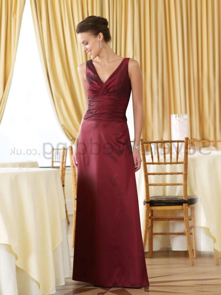 Categories: Wedding Dresses