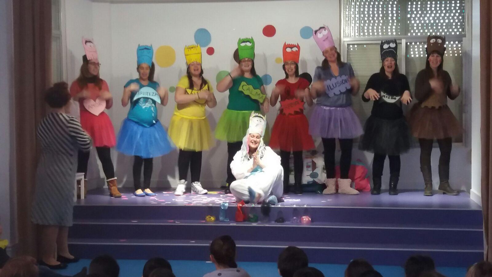 LOS PEQUES DEL PICASSO: Teatro: monstruo de colores
