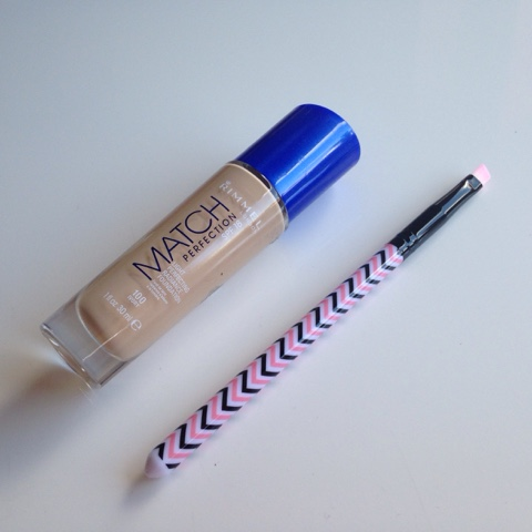 match perfection foundation and eyeliner brush from wilkos