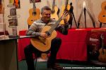 Asistentes a la Exposición de Guitarrería, Materiales y Pictórica.