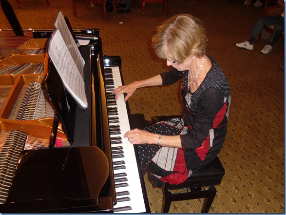 Denise Gunson playing the grand piano for us in a mini-concert immediately after dinner. What a wonderfully talented pianist.