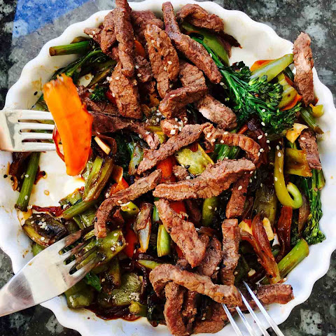Tenderstem Broccoli And Buffalo Hoisin Stir Fry