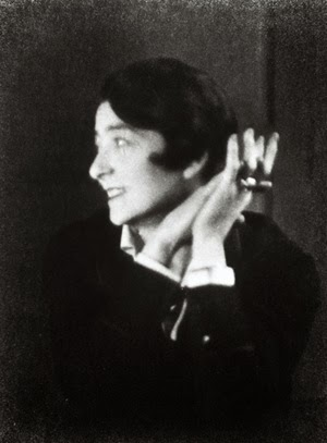Eileen Gray (1)