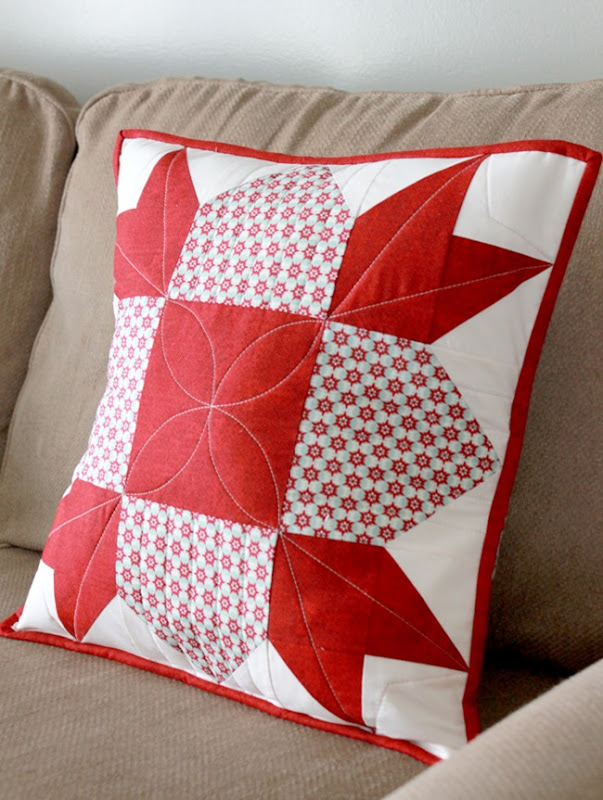 Christmas Pillow Tutorial by A Bright Corner