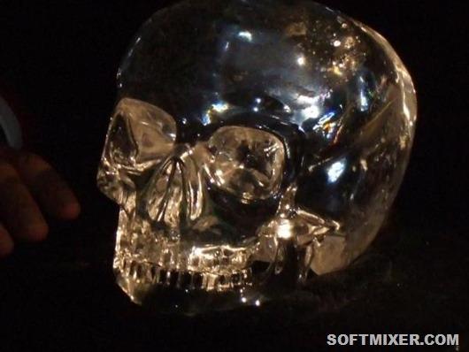 Хрустальный-череп-судьбы