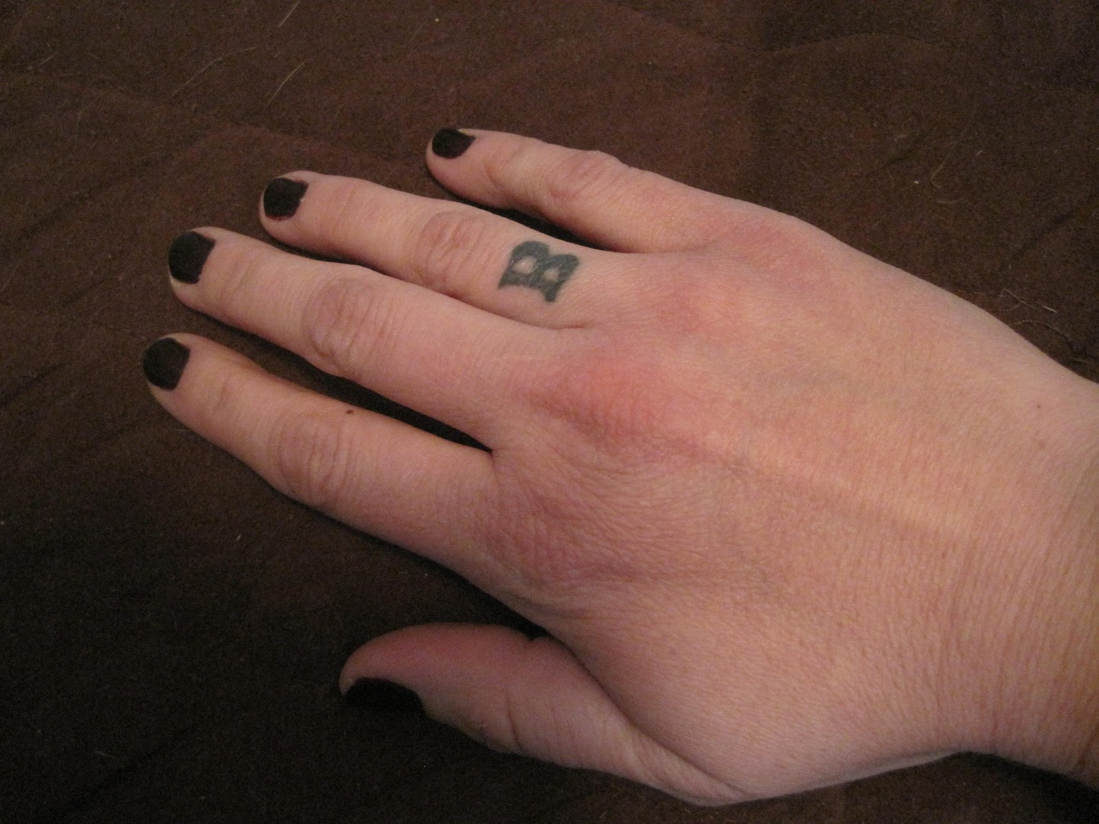 Ilona 39 s blog celtic wedding ring tattoo for Celtic ring tattoos