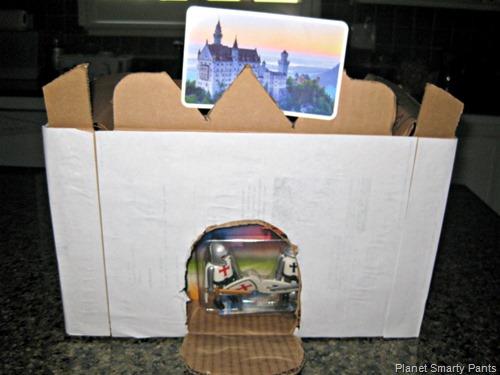 Simple-Cardboard-Castle
