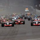 2007 F1 GP of USA starts off into the first corner