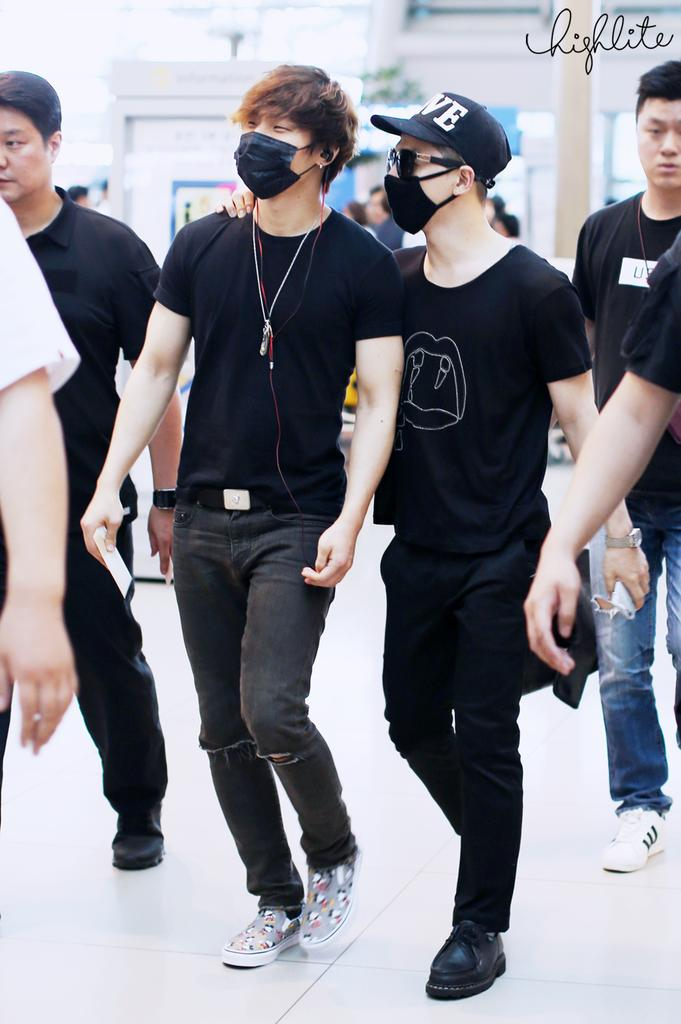 Big Bang - Incheon Airport - 10jul2015 - High Lite - 11.jpg
