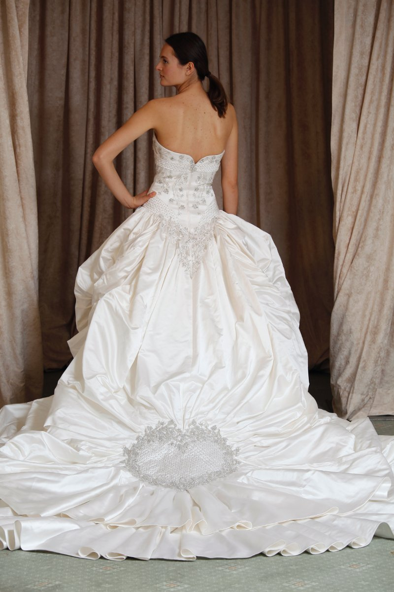Fall Silver White Ball Gown