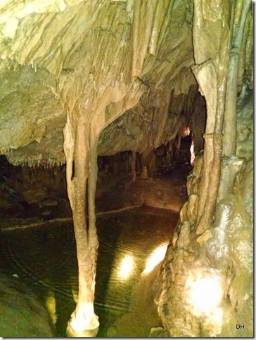 10-30-15 A Cave Tour (55)