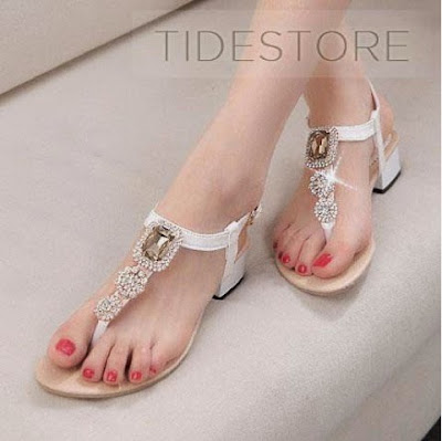 http://www.tidestore.com/product/Vogue-Rhinestone-Clip-Toe-Sandal-Shoes-11332148.html