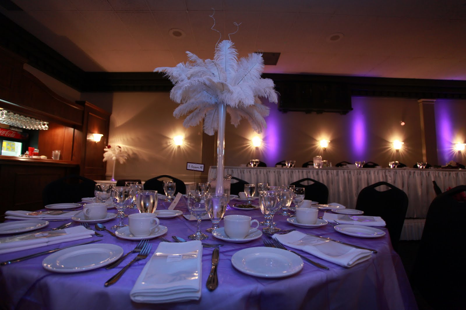 feather centerpieces for
