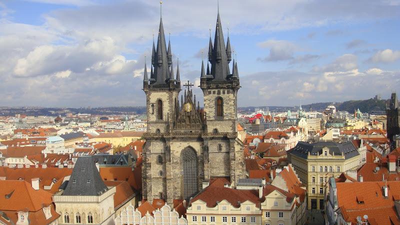 Nuestra Señora de Týn desde la Torre del Reloj, Praga