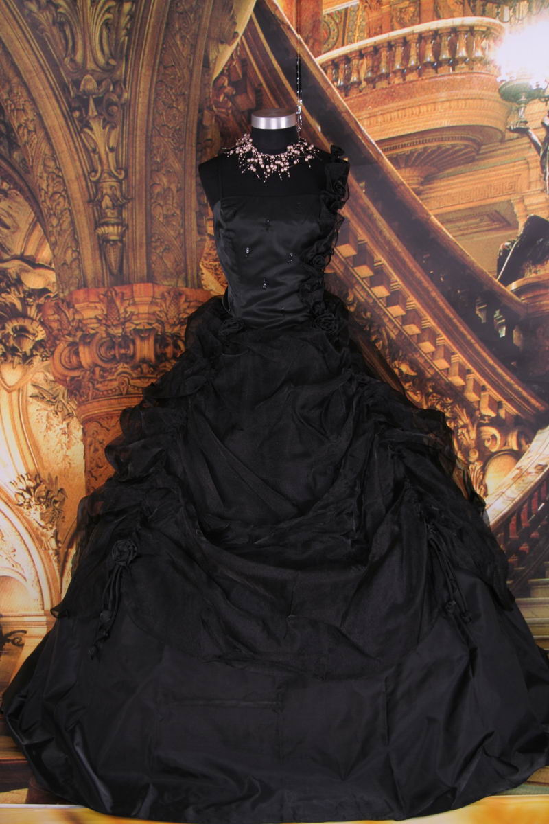 best gothic wedding gown