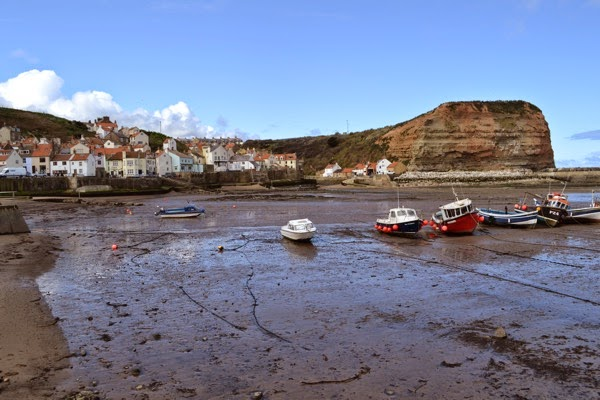Staithes Harbour 2 001