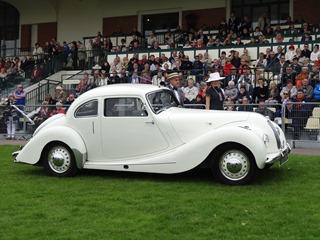 2015.10.04-65 18 Bristol 400 coupé 1949