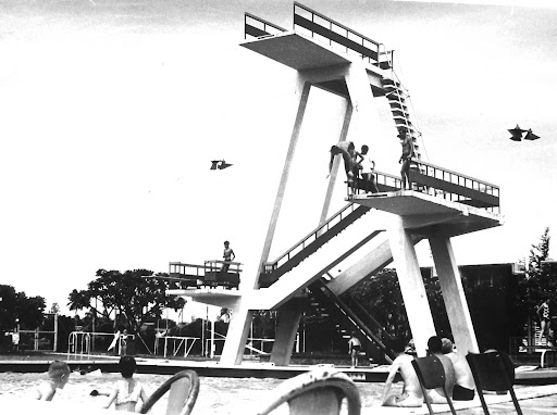 Olympic pool Terendak. I spent most of my spare time here when I wasn't out getting drunk down the strip or Malacca.<br />WHY ARE THERE NO DIVING BOARDS IN SWIMMING POOLS THESE DAYS.
