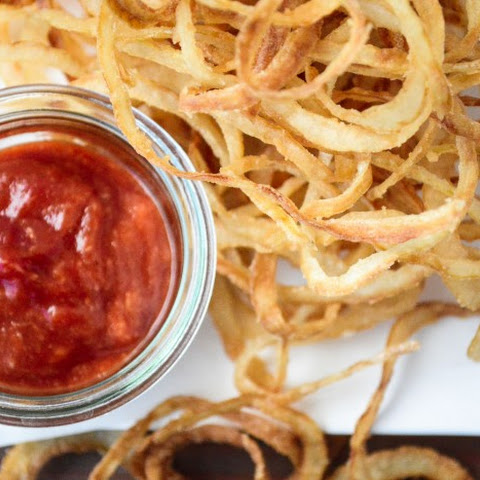 Vidalia Onion Strings with Horseradish Ketchup