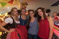 20151017_allgemein_oktobervereinsfest_222043_ros.jpg