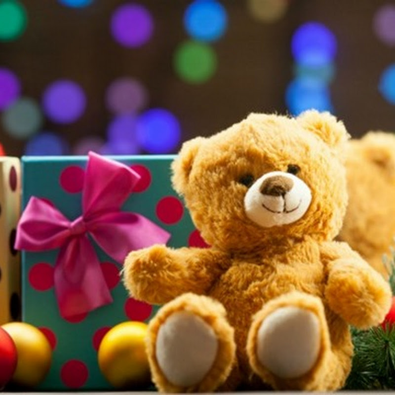 Thinking of Gifts for Your Children? How About Timeless Toys!