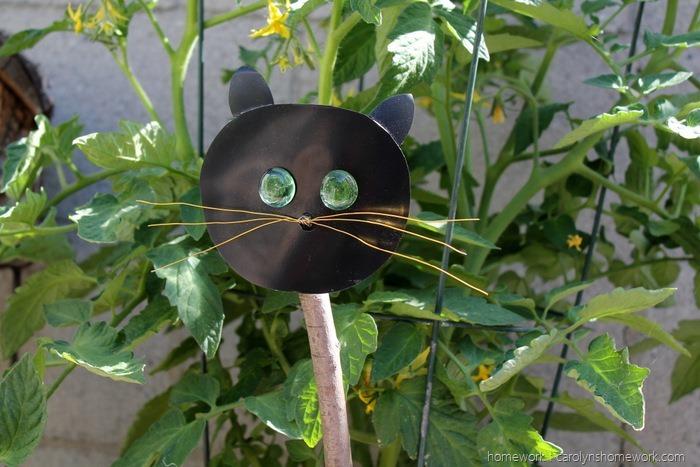 Kid Craft Scare Cat via homework (3)