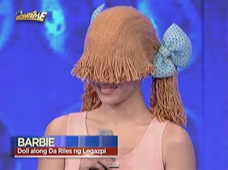 Barbie - Doll along Da Riles ng Legazpi