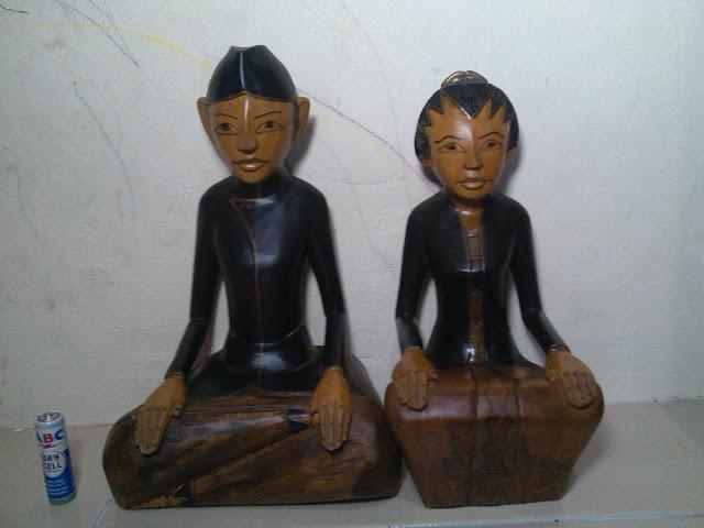 Patung Kayu Loro Blonyo