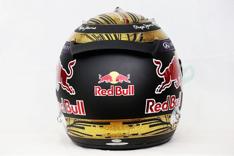 золотой шлем Себастьяна Феттеля специально для домашней гонки на Гран-при Германии 2013 на Нюрбургринге