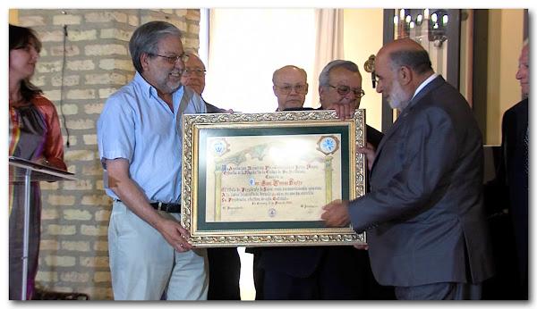 Entrega del título de presidente de honor a D. José Román Castro