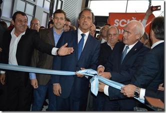 El intendente de Jesús junto al gobernador Scioli y Meyer, ministro nacional de Turismo en la apertura de la FIT