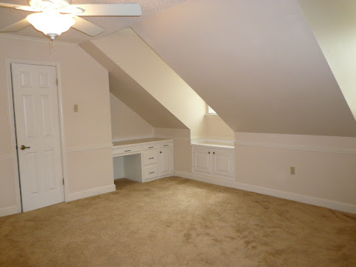 Bedroom 5 w/ Gables.  Walk-in Closet. Built-in Desk. Ceiling Fan. Intercom.