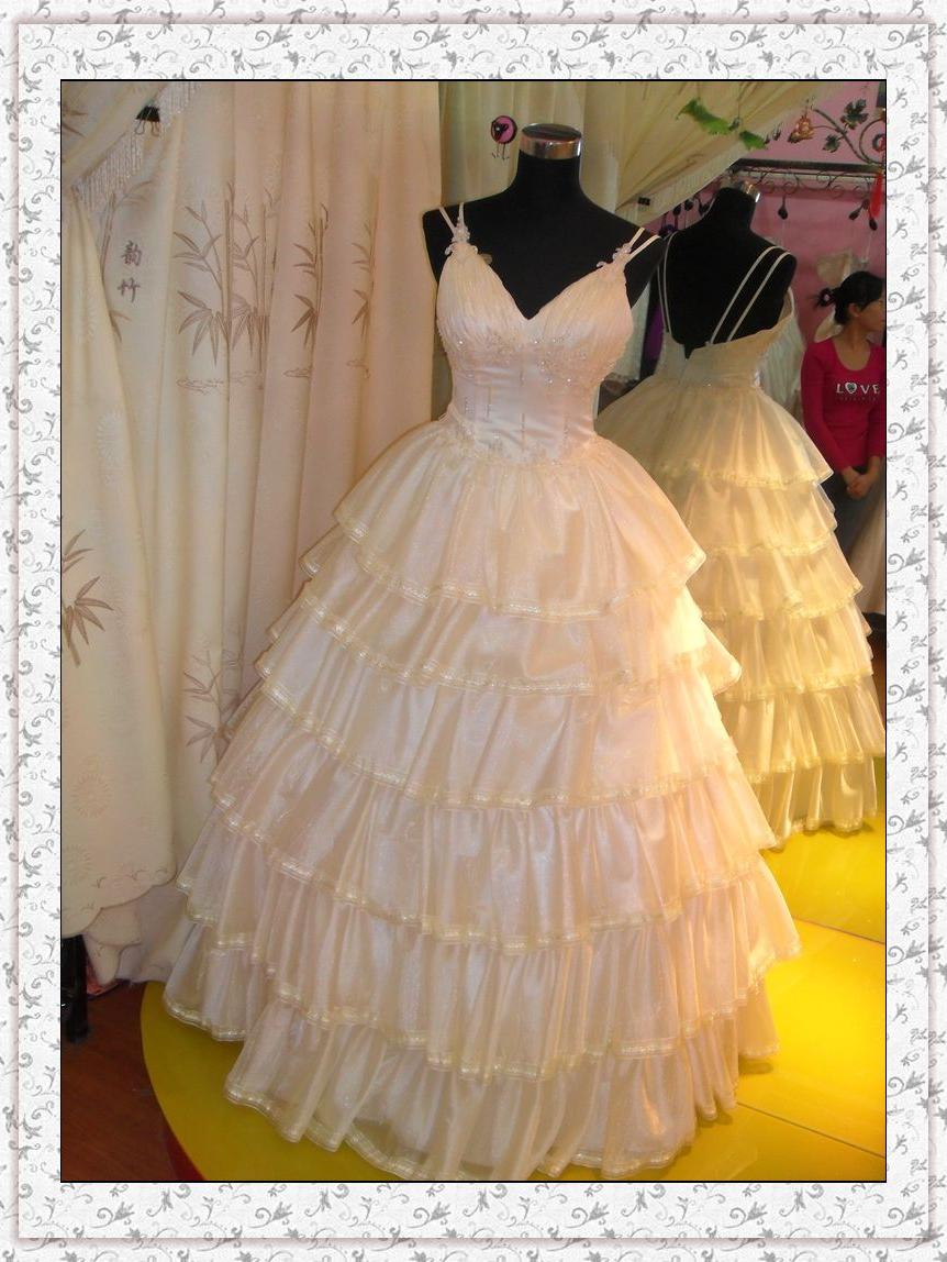 Real Wedding Dress Photos Rd-11 . Features: 1.Fabric: taffeta, beading