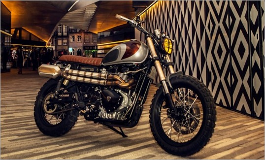 custom-triumph-scrambler-by-ton-up-garage-photo-gallery-57161_1 - copia