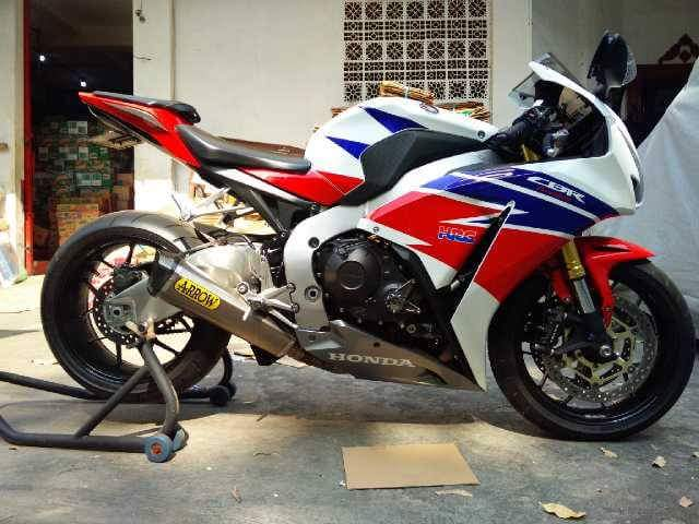 Honda CBR1000 2014 Exhaust Arrow Fullsystem