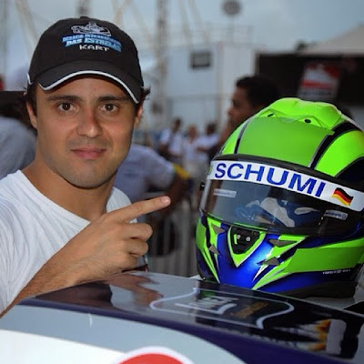 Фелипе Масса и шлем Schumi в поддержку Михаэля Шумахера на картинговой гонке в Пенья - 10 января 2014