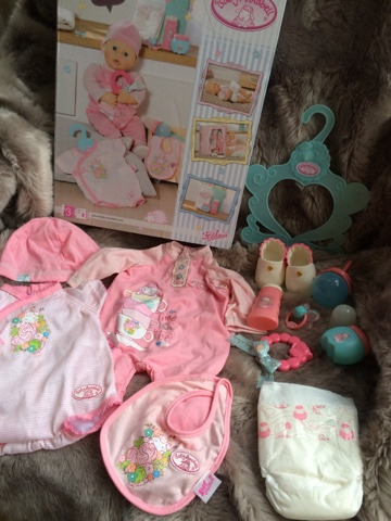 Baby Annabel Deluxe Special Care set