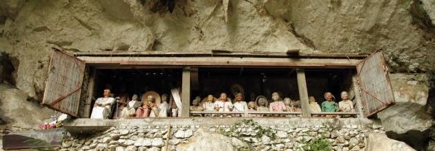 Tau Tau at Londa graveyard, Tana Toraja