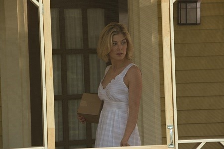 rosamund pike _ RETURN TO SENDER