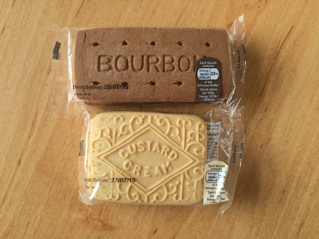 Reaching for refreshment review tesco new giant bourbon and being the stereotypical lover of both i knew i had to get my hands on them and see how they fare against the ones costa did a while back solutioingenieria Choice Image
