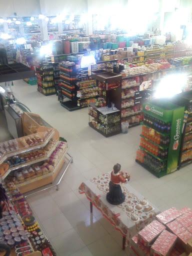 Supermercado Natale Tani, R. Francisco Zanardo, 1357 - Res. Clélia II, Manduri - SP, 18780-000, Brasil, Supermercado, estado Sao Paulo