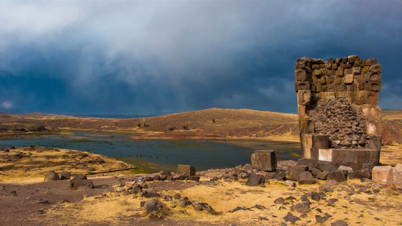 chullpas-of-sillustani-3