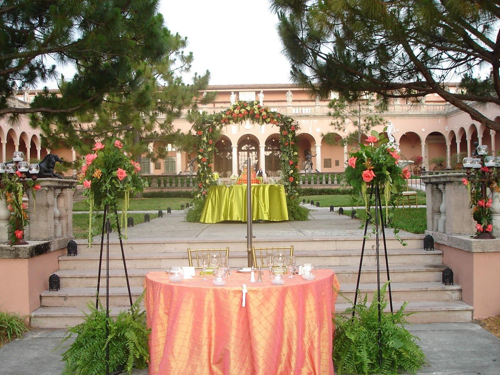 Sweetheart table at Ringling