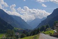 Vom Walensee über Glarus zum Klausenpaß.  Beim Ort Leuggelbach (Glarus Süd).