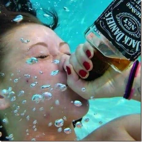 tipsy-drunk-people-033