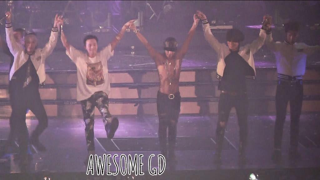 BIGBANG - Made Tour in Seoul Day 1 - 25apr2015 - Fan - Awesome GD - 1.jpg