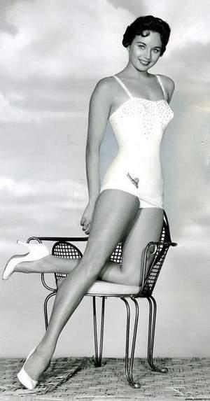 1956 — Кэрол Моррис (США)