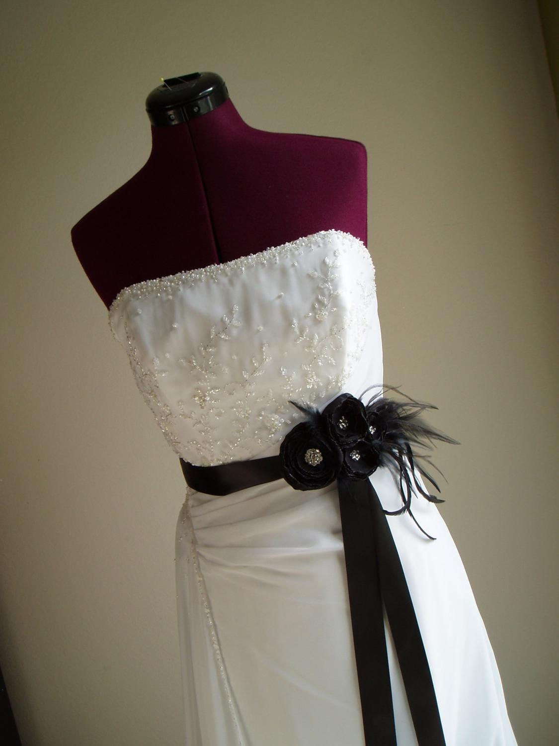 BLACK FLOWER SASH Wedding