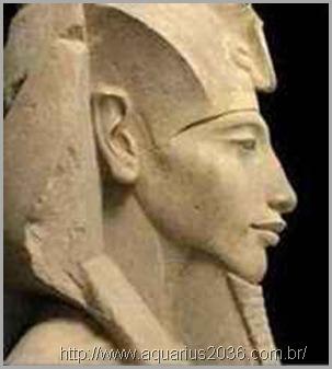 faraó-akhenaton